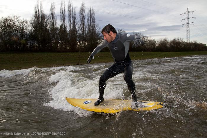 Surfen auf der Dreisam