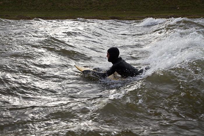 Surfen auf der Dreisam (10)
