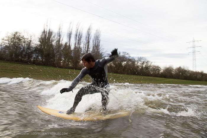 Surfen auf der Dreisam (15)