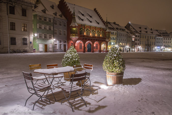 Freiburger Münsterplatz im Schnee (6)