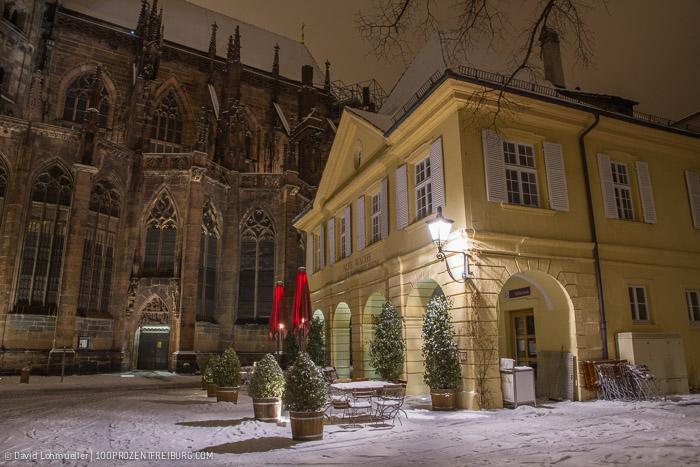 Freiburger Münsterplatz im Schnee (7)