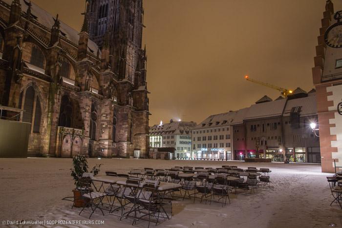 Freiburger Münsterplatz im Schnee (19)