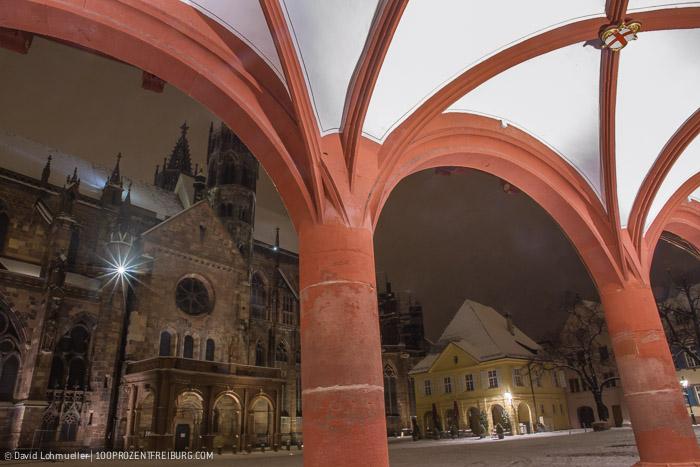 Freiburger Münsterplatz im Schnee (12)