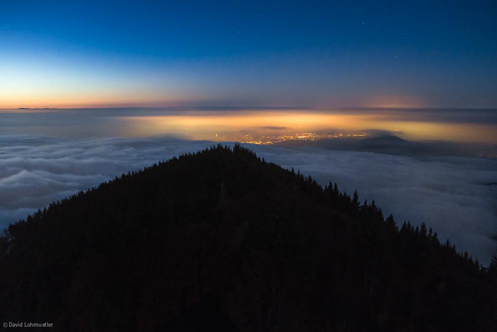Freiburg im Wolkenmeer